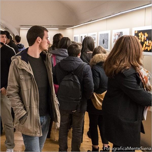 """""""Street Fantasy"""": giovani fotografi si sfidano a colpi di click"""