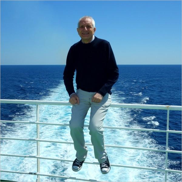 """Parte la crociera """"aMare Leggere"""" con a bordo Roberto Ippolito e 600 studenti"""