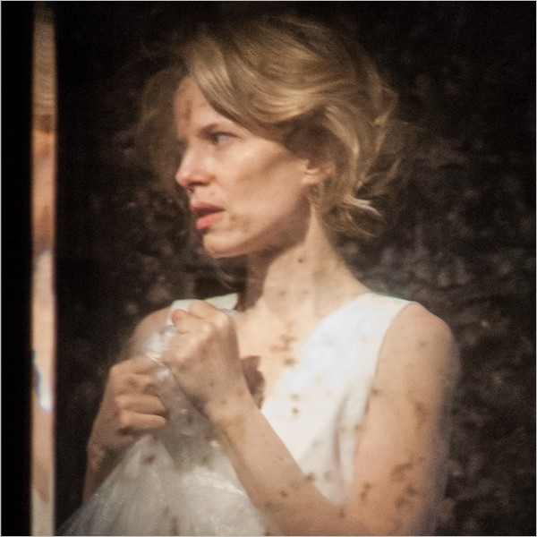 """Teatro: """"Il ballo"""" di e conSonia Bergamasco"""