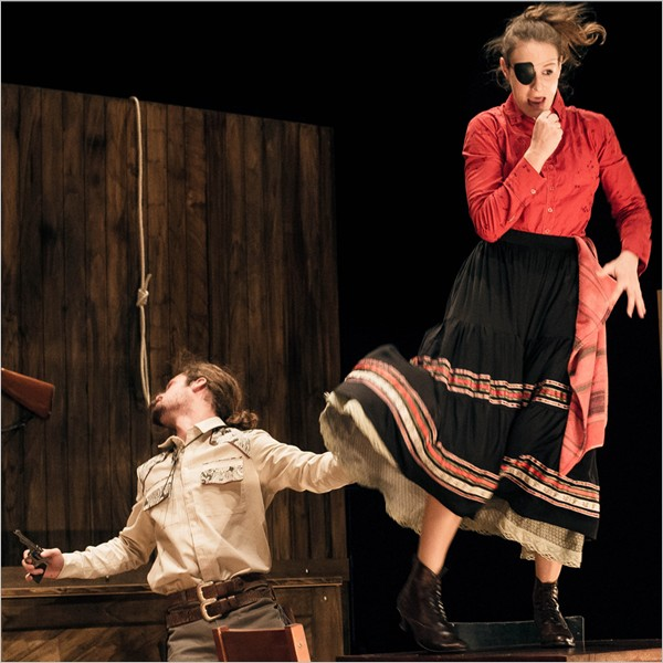 """Pursuit of Happiness"", le performance del Nature Theater of Oklahoma e dei EnKnapGroup"