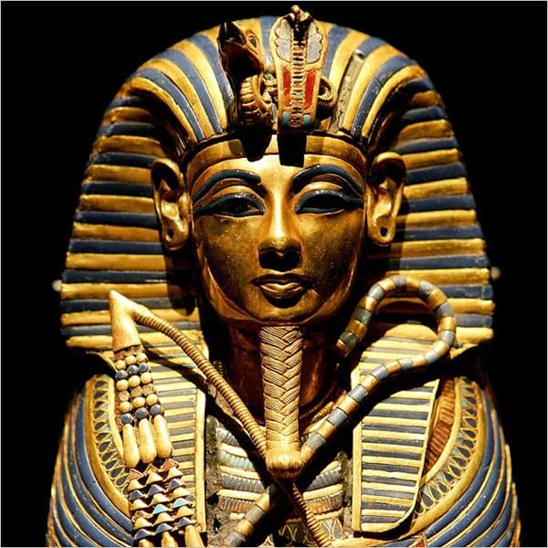"""Le profezie di Tutankhamon"" di Maurice Cotterell"
