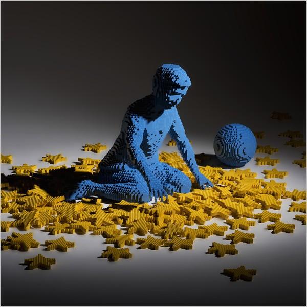 """""""Potere ai piccoli"""", le opere di Riccardo Zangelmi realizzate con il Lego"""