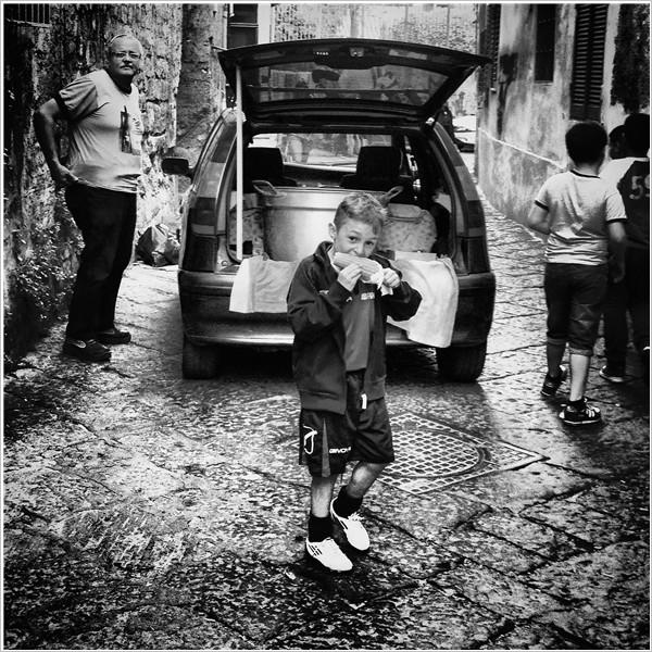 """Ultimi giorni per visitare """"Napoli Timeless"""" di Giuseppe Di Vaio"""