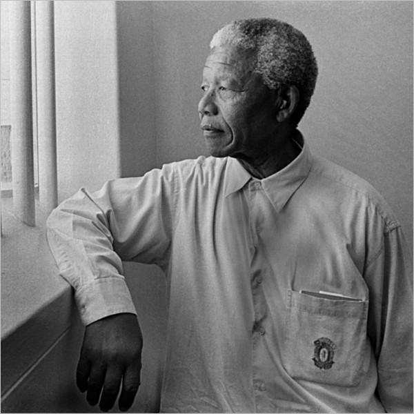 Nelson Mandela: tre film per una biografia irripetibile, romanzesca e toccante