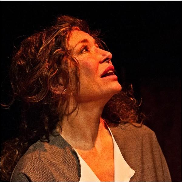 """Teatro: """"Anna Freud. Un desiderio insaziabile di vacanze"""" con Stefania Barca"""