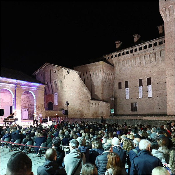 Poesia Festival 2018: da Concato a Scabia, da Magrelli a Ferroni