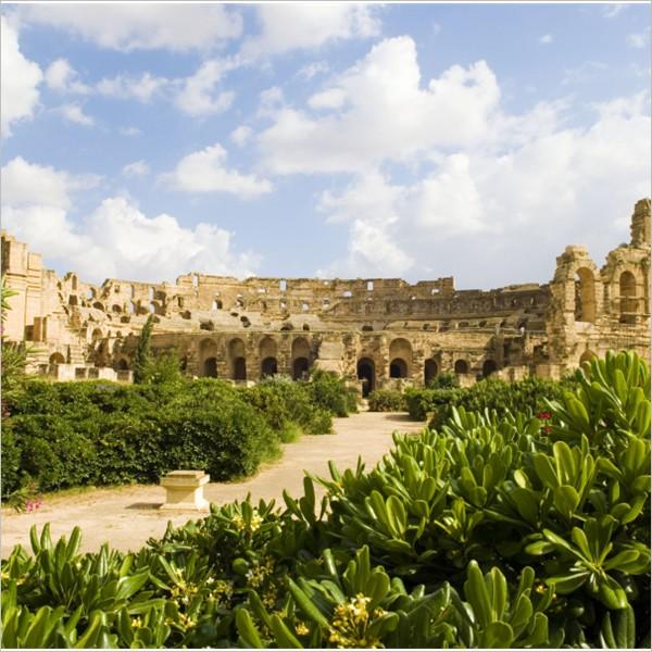 Il sito archeologico di Dougga, dove il tempo si è fermato all'epoca di Marco Aurelio