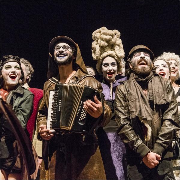 Teatro: Salt. The Marvellous Puppet Show