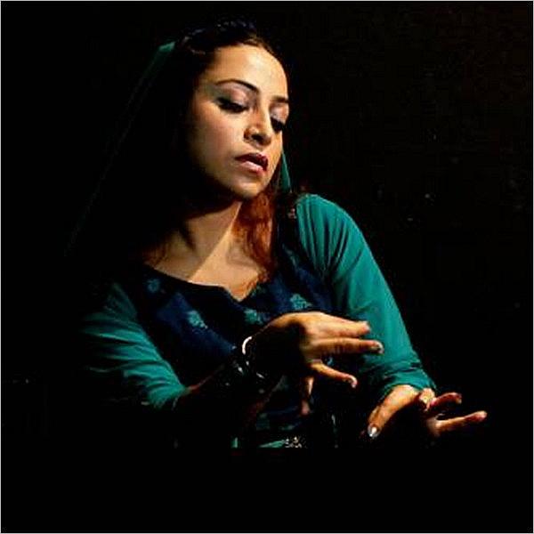 Leyley. Dalla Persia, teatro, danza e musica dal vivo