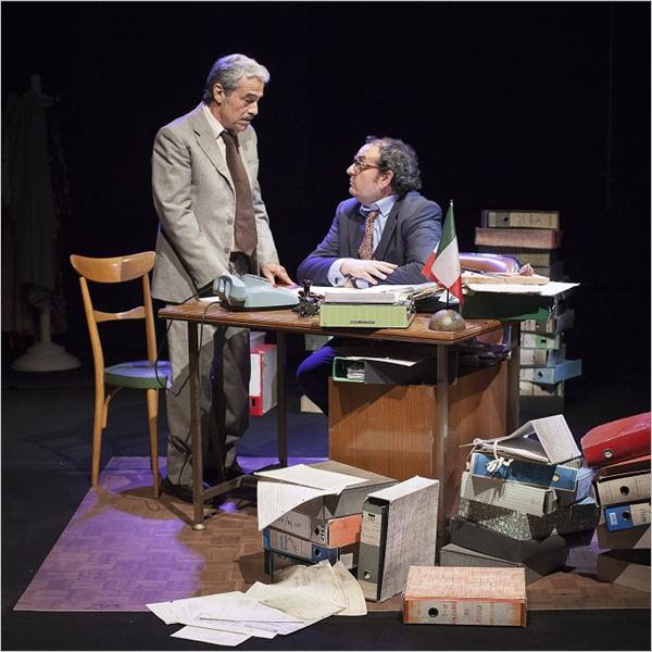Teatro: Un borghese piccolo piccolo