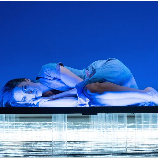 """Teatro: """"Accabadora"""" con Anna Della Rosa"""