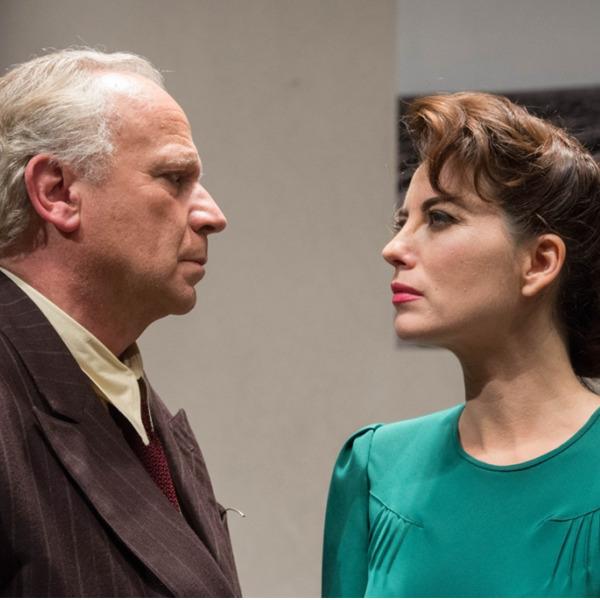 """Teatro: """"Il piacere dell'onestà"""" con Geppy Gleijeses e Vanessa Gravina"""