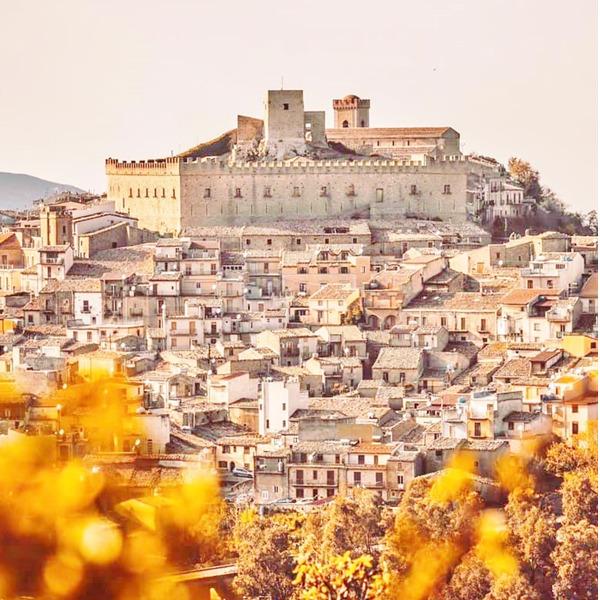 Feste aragonesi e corteo storico a Montalbano Elicona - 40a edizione